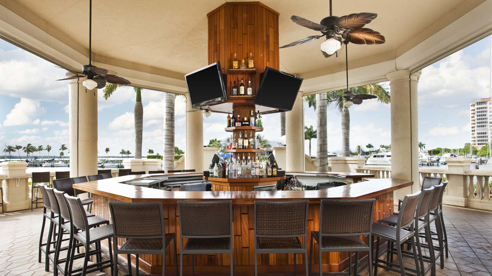 Cape Coral Restaurants | The Nauri Mermaid | The Westin Cape Coral Resort